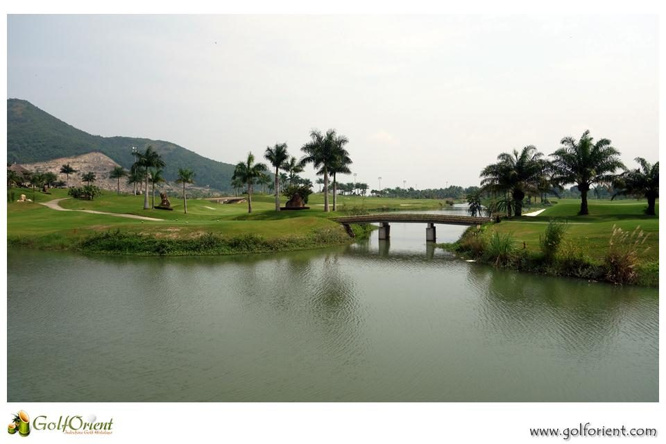 vietnam-golfcourse-diamond-bay-golf-villas-07