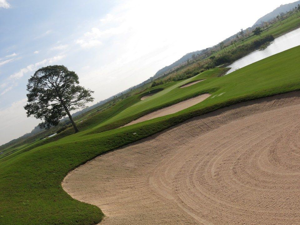 Asian country longest hole in golf